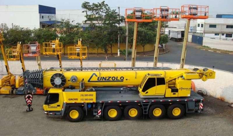 O Guindaste Rodoviário Grove GMK 5220 é mais um equipamento da linha todo terreno da Manitowoc, com capacidade de 220 toneladas.